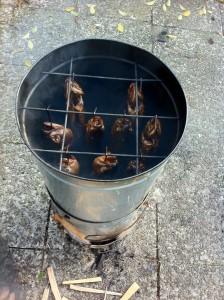 Forellen heiß räuchern